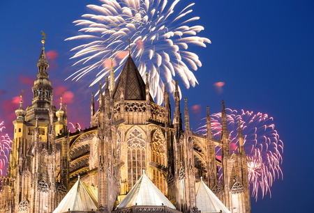 vitus: St. Vitus Cathedral (Roman Catholic cathedral ) and holiday fireworks, Prague, Czech Republic