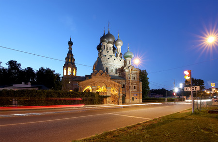 siervo: Church of the Holy Trinity in Ostankino at Night. The Church was built as a serf stone Affairs master. This is a typical monument of the second half of the XVII century. Moscow, Russia