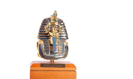 A copy of Tutankhamuns mask. These copies are for sale. Banco de Imagens