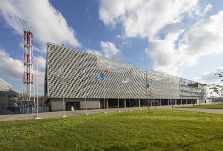 Olympisch centrum voor gesynchroniseerd zwemmen in Legendes Park (geschreven in het Russisch), Moskou, Rusland