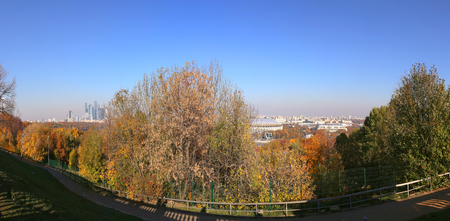 Panoramic view of central Moscow from Sparrow Hills or Vorobyovy Gory observation (viewing) platform-- is on a steep bank 85 m above the Moskva river, or 200 m above sea level. Moscow, Russia Zdjęcie Seryjne