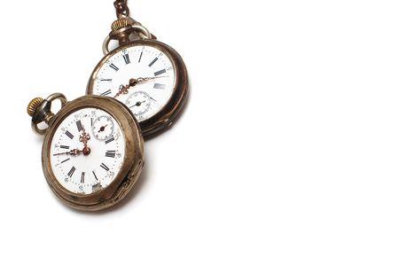 przodek: Dwie stare łamane zegarek kieszonkowy odizolowane na białym