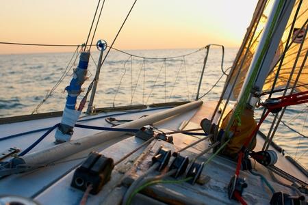 바다 모험 사람들 Yaghting 스톡 콘텐츠