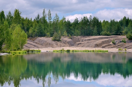 Forest to cut up the lake shore erosion