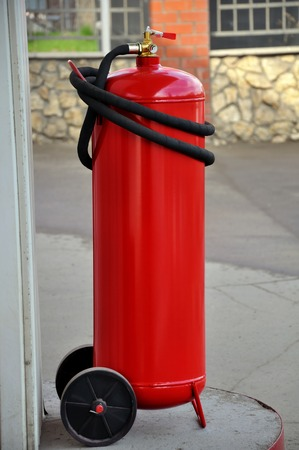 Industrial powder extinguisher with a capacity of fifty liters