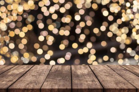Christmas table background with bokeh lights in background 版權商用圖片