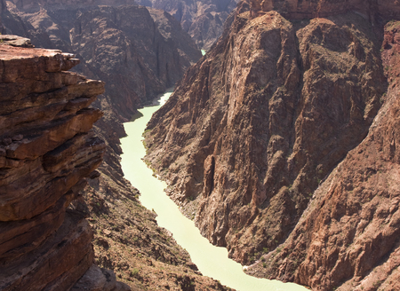 plateau point: Grand Canyon and Colorado River, view from Plateau Point in Arizona, USA