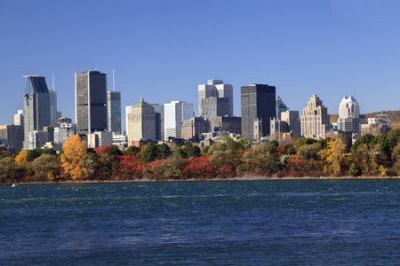 lawrence: Montreal skyline and Saint Lawrence River in autumn