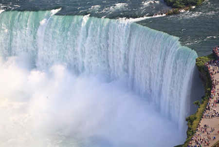 horseshoe falls: Horseshoe Falls zoom, Niagara Stock Photo