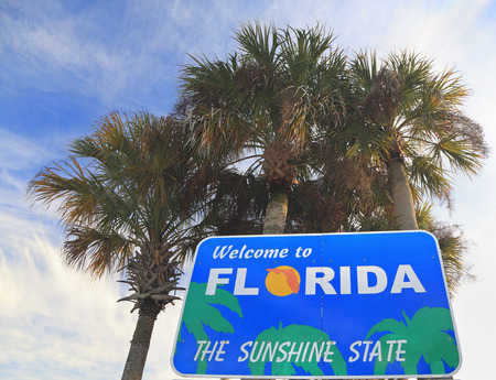 「フロリダへようこそ」のサイン