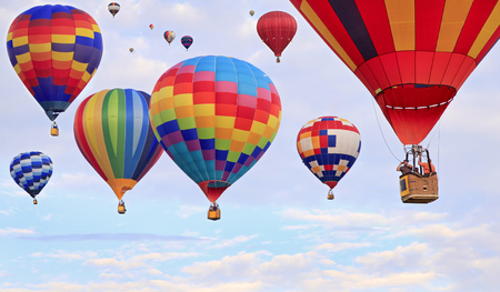 hot air balloon: Hot air balloons flying
