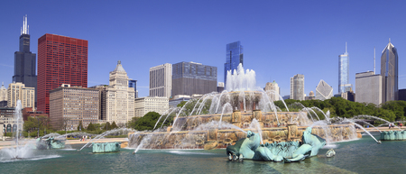 Chicago skyline and Buckingham Fountain, USA Stock Photo