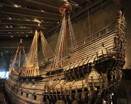 Muzeum Vasa w Sztokholmie w Szwecji prezentuje Vasa, w pełni odrestaurowany statek z XVII wieku