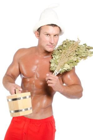 Sexy Mann in der Sauna. Finnische Sauna. Isoliert.