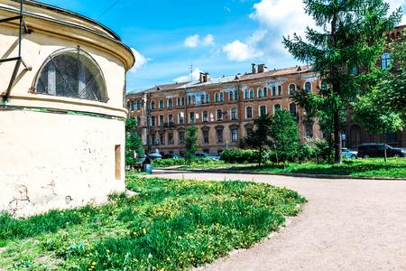 piter: St.Petersburg, Russia - May 20, 2016:  Kalinkinsky district. Fontanka river embankment and Kalinkinsky park.