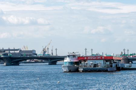 blagoveshchensky: St.Petersburg, Russia - May 16, 2016: Pier No1 near Blagoveshchensky (Leuteinant Schmidt) bridge.