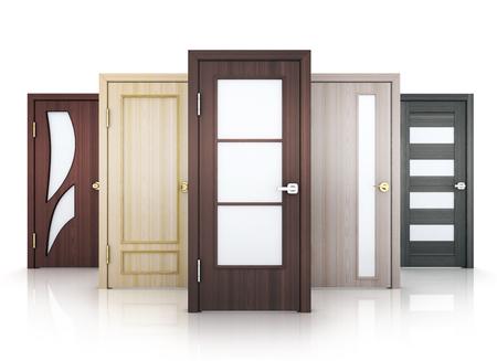 Fünf Türen Reihe auf weißen Hintergrund. 3D-Darstellung.