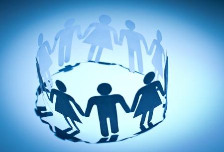 joined hands: Grupo de trabajo la gente mu�eca de la mano. Concepto de red social