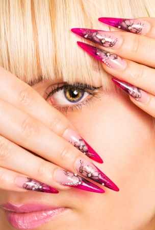 blab: Young beautiful blonde with a nice manicure