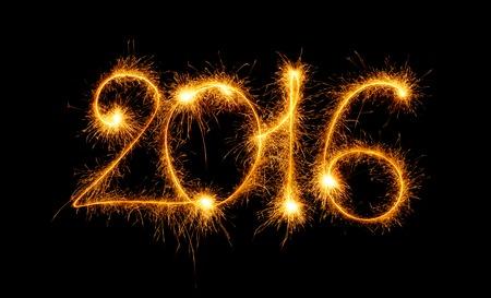 nowy rok: Szczęśliwego Nowego Roku - 2016 wykonane z zimnych ogni na czarnym tle Zdjęcie Seryjne