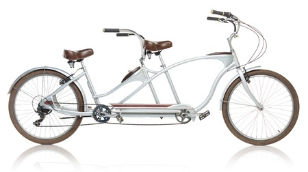 tandem bicycle: Retro styled tandem bicycle isolated on a white background