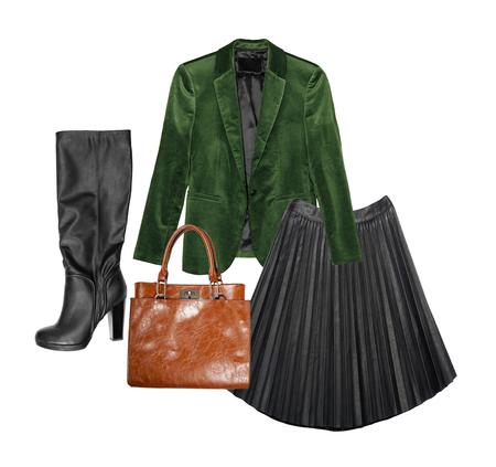 Set van stijlvolle kledingcollectie voor de herfst en de lente seasson. Collage van de kleding van vrouwen op geïsoleerde witte achtergrond. Stockfoto