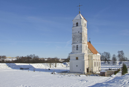 the orthodox church: Belarus, Zaslavl: Spaso-Preobrazhensky orthodox church and ancient shaft.