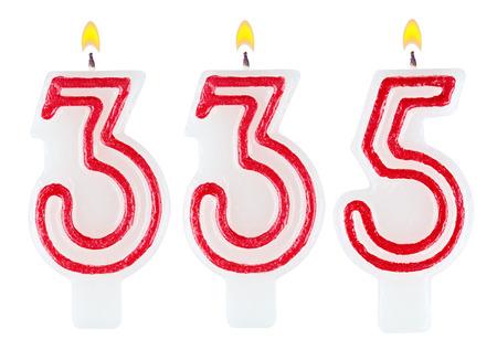 thirty five: candele numero 335 isolato su sfondo bianco