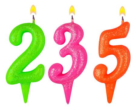 thirty five: candele numero 235 isolato su sfondo bianco