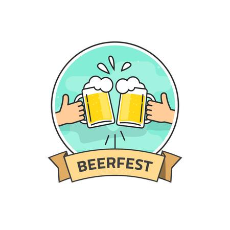 vasos de cerveza: manos que sostienen los vidrios planos de esquema de cerveza con espuma y burbujas tostado, fiesta de la cerveza de la etiqueta del vector aislados sobre fondo blanco