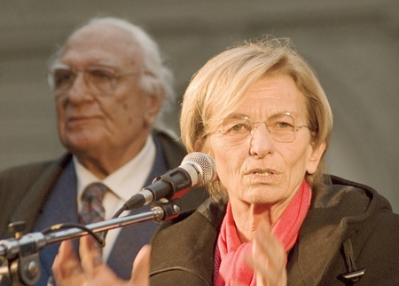 senate race: Emma bonino in an election poll, march 2011. she has running for the regional goverment of Lazio