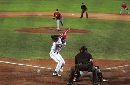 strong base: Mago del gioco betwen Canada e Cuba in Coppa del mondo baseball.Cuba � stato il vincitore, 5x1 e passare alla finale con gli Stati Uniti.