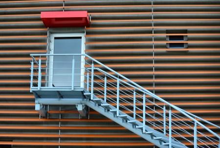 železné schody