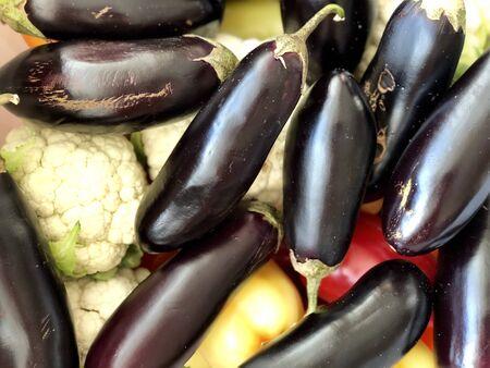Raw vegetables: zucchini and cauliflower