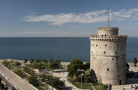 thessaloniki: White Tower and the seaside of Thessaloniki, Greece