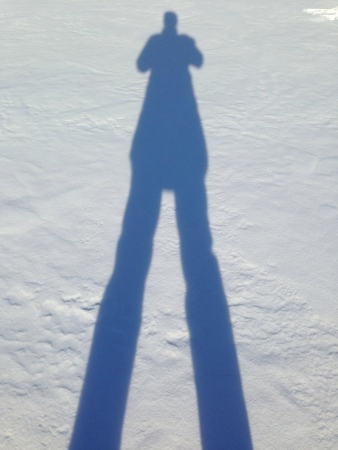 Fotografen zelfbeeld gemaakt op ijs bedekt meer in Canada Stockfoto