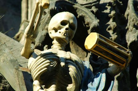 horologe: A skeleton on famous Prague horologe