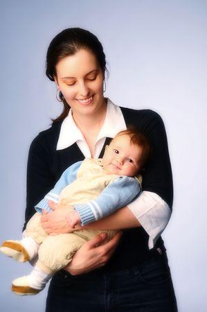 lamentation: Il ritratto della madre con la bambina.