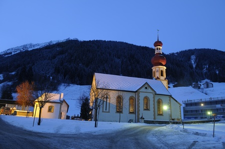 Picture of Gries church in wintertime