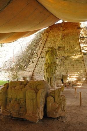 longest: The longest pre-columbian hieroglyphic inscription in America Editorial