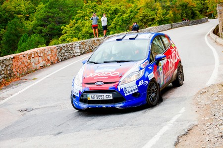 irc: YALTA, UKRAINE - SEPTEMBER 14. Stanislav Besedin drives his Ford Fiesta during the WOG Yalta Rally Fest 2013. 2 day. on September 14, 2013 in Yalta, Ukraine.