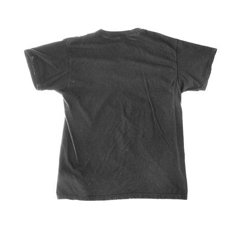 llanura: Llano blanco de algodón negro en blanco camiseta aislados sobre fondo blanco. Foto de archivo