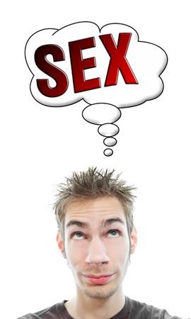 Jonge witte Kaukasische mannelijke volwassen denkt over hete sex in zijn denken bubble geïsoleerd op witte achtergrond Stockfoto