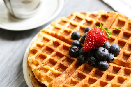 Warm Waffle Breakfast with blueberries  made in a home kitchen 版權商用圖片 - 54725065
