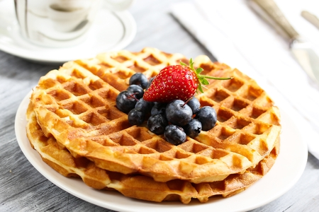Warm Waffle Breakfast with blueberries  made in a home kitchen 版權商用圖片 - 54725017