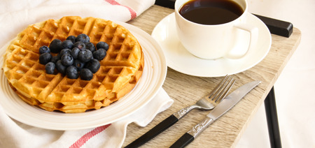 Warm Waffle Breakfast with blueberry and homemade coffee Stockfoto