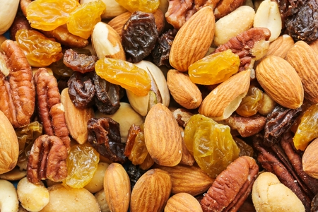 pista: Assorted mix of dry fruits and Nuts almond,cashew, peanut,raisin and walnut