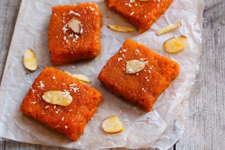Carrot halwa - Diwali zoete gemaakt van wortelen melk en suiker Stockfoto