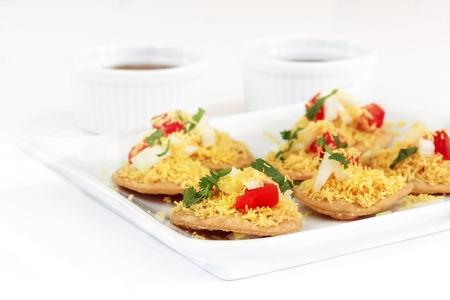 tamarindo: aperitivos Sev Puri Btata  Diwali - popular comida india calle, atención selectiva