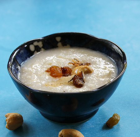 Thari Kanji  Semolina Kheer - Traditional ramadan food of Kerala made of semolina milk ghee and nuts, selective focus Stock Photo